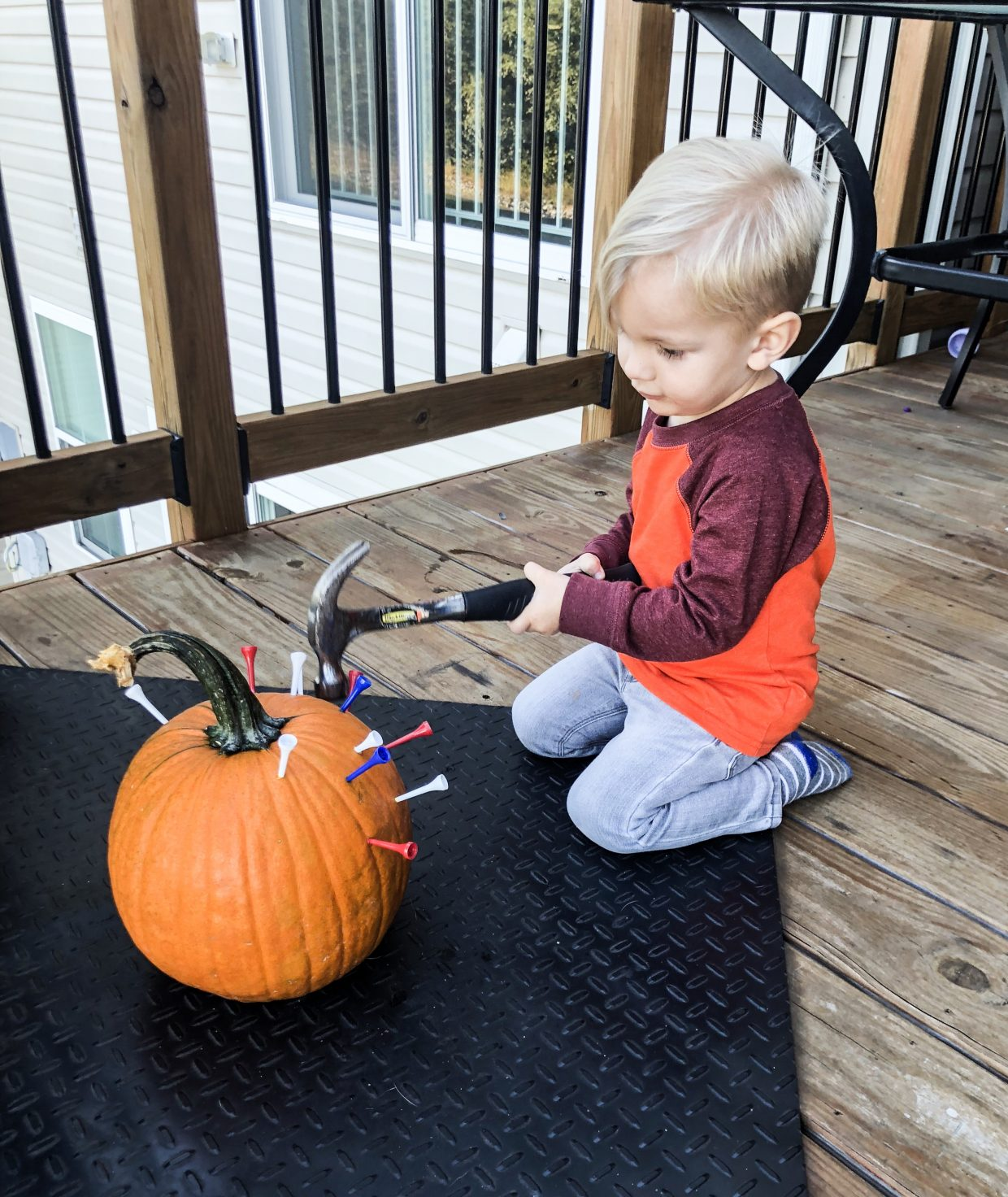 Pumpkin Hammering Activity for Toddlers | Rock It Mama | Do this fun fall activity with your toddler